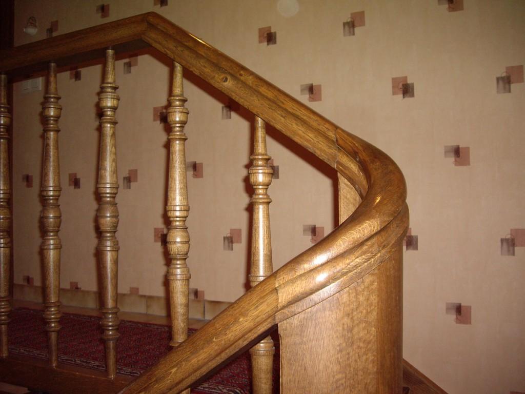 escaliers garde corps menuiserie heusbourg fr res. Black Bedroom Furniture Sets. Home Design Ideas